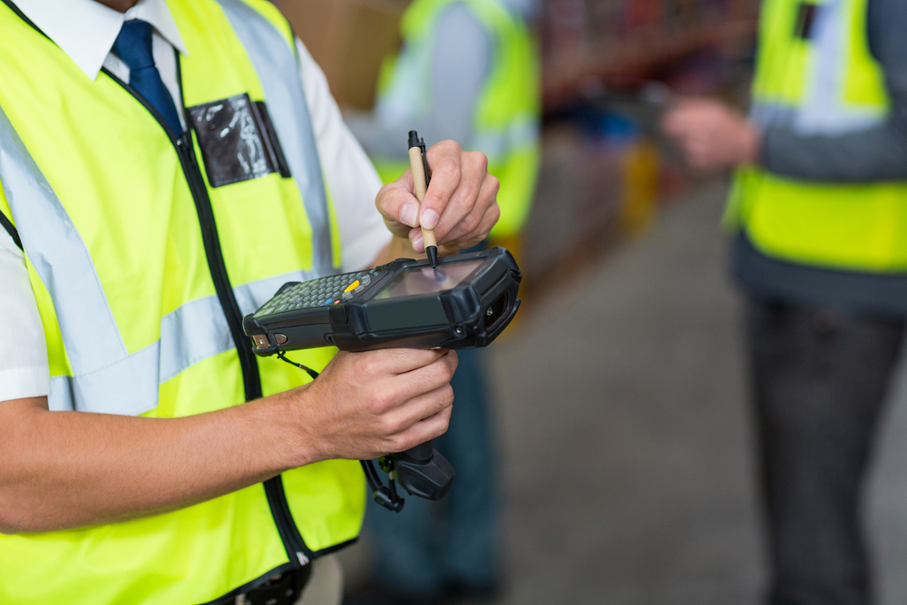 Using the Right Mobile Device For Your Warehouse Management